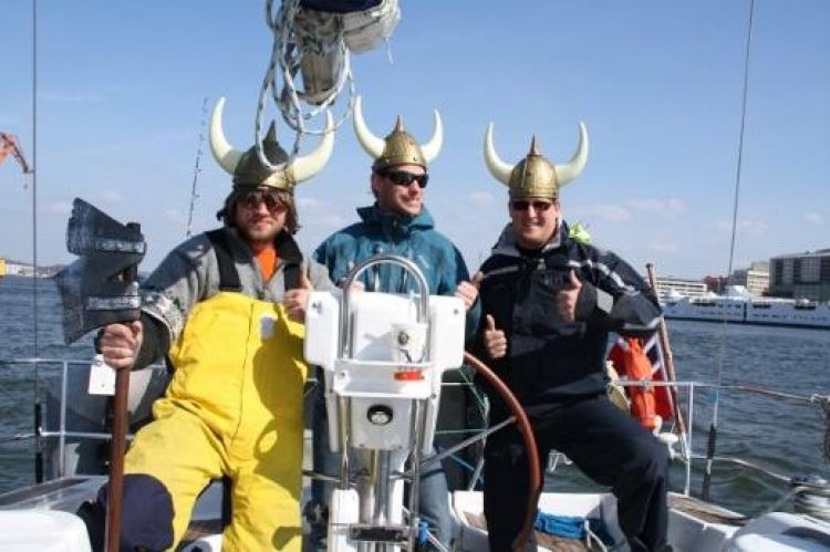 Chris and his two crew mates (Image: Turn to Starboard)