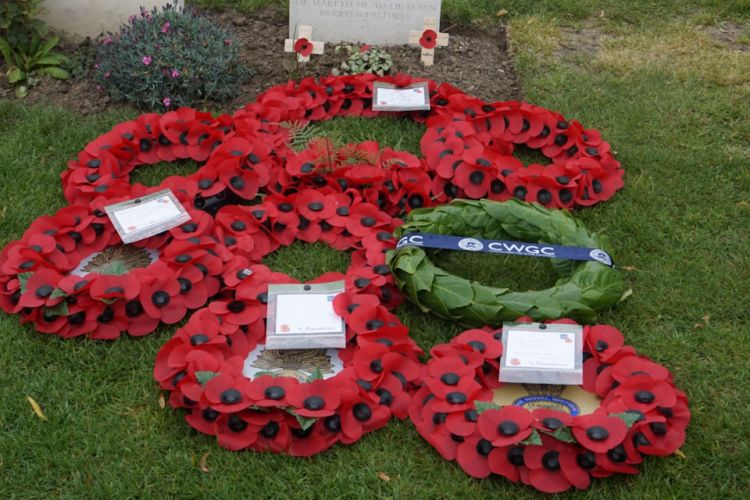Wreaths at Frederick Foskett headstone