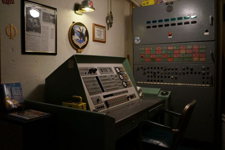 Control room of former US missile silo for rent