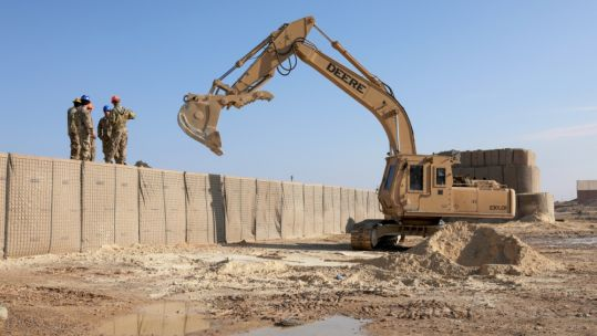 Al Asad Air Base defences being strengthened by US soldiers