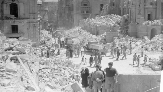 Bomb_Damage_in_Valletta,_Malta,_1_May_1942._ CREDIT Crown Copyright.jpg