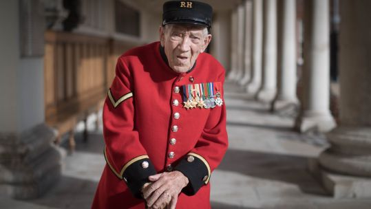 Chelsea Pensioner and D-Day Veteran George Skipper CREDIT PA