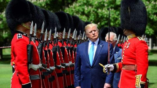 Donald Trump inspects Grenadier Guards Guard of Honour