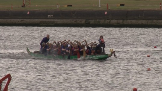 Injured Veterans Soar Through The Thames In Dragon Boat Race