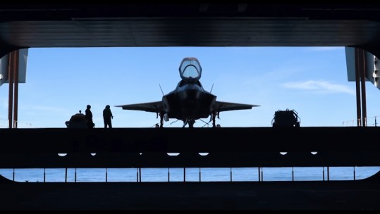 F-35B on HMS Queen Elizabeth's ramp