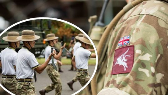 British Army Gurkhas vs Paras
