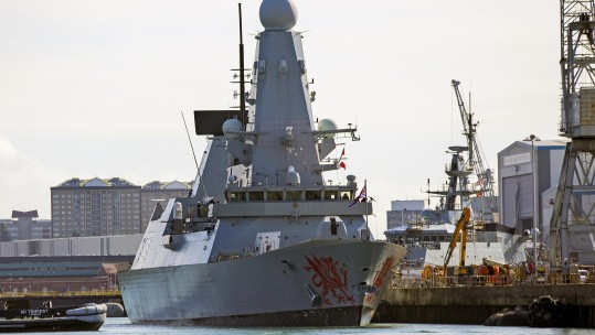 HMS Dragon leaves Portsmouth for Gulf 170918 CREDIT RN