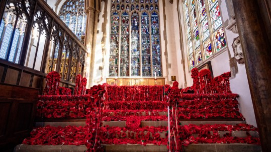 Knitted poppies take over Norfolk church to mark WWI centenary CREDIT SWNS