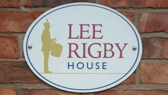 Lee Rigby House 'Flooded With Volunteers' After Facebook Plea