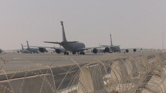 Al Udeid Air Base, planes