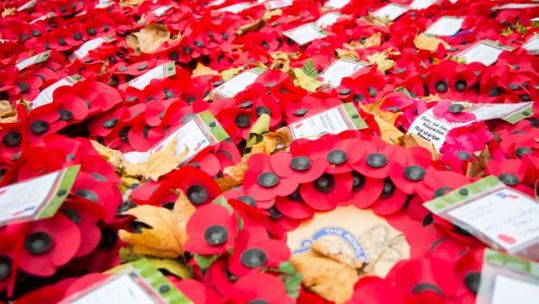 Poppies laid in Cenotaph in 2015 (Picture: MOD).