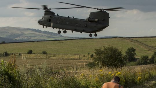 RAF Chinook helicopter aids efforts to protect residents near Whaley Bridge 050819 CREDIT MOD