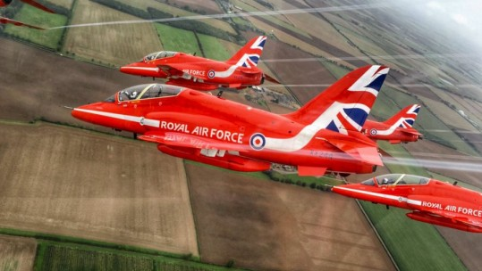 Red Arrows Show Off Manoeuvres Ahead Of Historic Tour