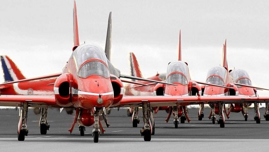 Best Photos of the Red Arrows