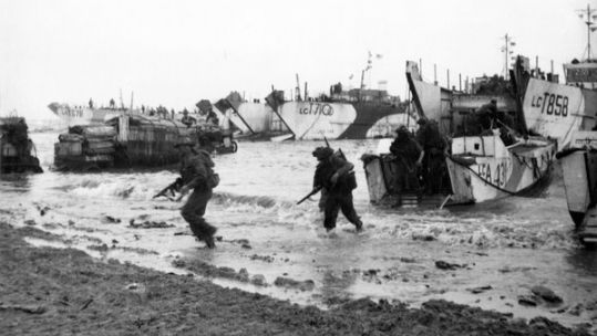 Royal Marines land at Normandy in June 1944