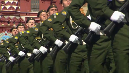 Russian troops parade