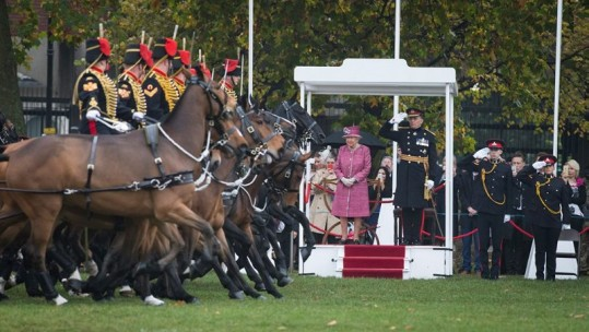 Queen inspects King's Troop Royal Horse Artillery on 70th anniversary