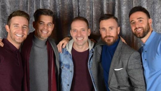 The Overtones with Forces Radio BFBS' presenter Mike Howarth