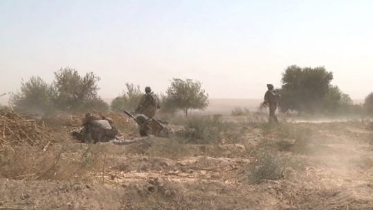 US troops in Afghan field.