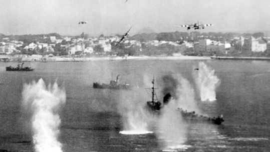 de Haviland Mosquito FB.VIs of 248 Squadron attacking a German 'M' Class minesweeper and two trawler-type auxiliaries in France,  1944 WWII Credit MOD 010918